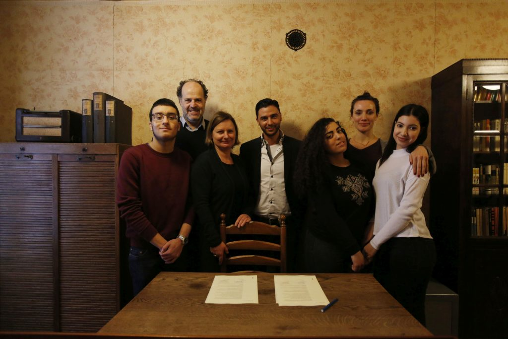 Partnerschoolovereenkomst AFS en CC, 10 feb 2017, AFS, Cris Toala Olivares
